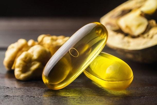 Vitamin E Kapsel und Omega 3 Kapsel